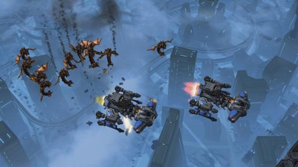 StarCraft II: Heart of the Swarm screenshot 24