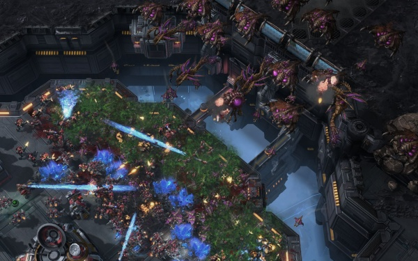 StarCraft II: Heart of the Swarm screenshot 49